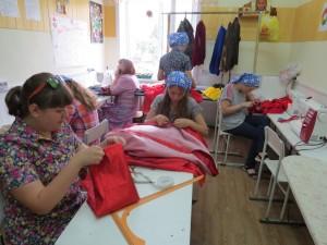 В швейной мастерской шили костюмы